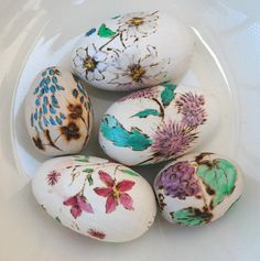 Vintage Hand Decorated Wooden Eggs by LynnsBeadsNThings on Etsy, $12.00