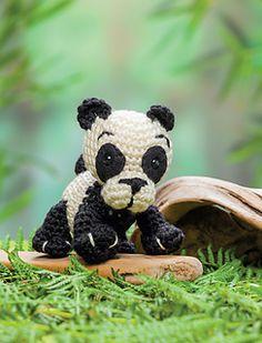 Panda: Crochet a zoo pattern by Megan Kreiner