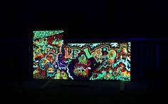 *Glowww in the Dark* 110x255 (Devant de comptoir) (Peinture),  245x110 cm par Ivan De Nîmes *Glowww in the Dark*  110x255  (Devant de comptoir)