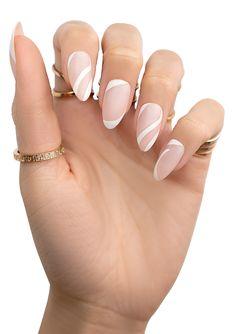 Rounded Acrylic Nails, Acrylic Nails Coffin Pink, Almond Acrylic Nails, Oval Nails, Nude Nails, Oval Nail Art, Stylish Nails, Classy Nails, Trendy Nails