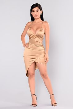 Starlight Beauty Dress - Gold