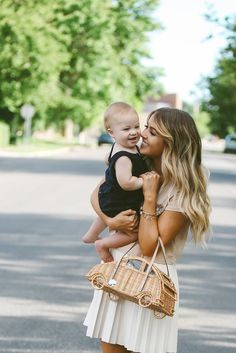 CARA LOREN: Happy Babe and mommy -- love her mom style