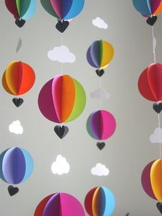 Tinker mobile yourself - creative craft ideas for a great baby mobile - DIY Bas. - Tinker mobile yourself – creative craft ideas for a great baby mobile – DIY Basteln mit Papier - Balloon Clouds, Hot Air Balloon, Balloons, Balloon Garland, Paper Clouds, 3d Clouds, Paper Heart Garland, Paper Balloon, Baby Balloon