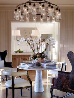 Napa Vineyard - KARA MANN California's best interior designers | inspirations by Tineke Triggs #interiordesign #roomdesign #designinspiration Get more inspirations at: www.brabbu.com/en/inspiration-and-ideas/