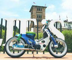 What You Should Know About Car Shopping Honda Bikes, Honda Motorcycles, Car Repair Service, Vehicle Repair, Custom Moped, Honda Ruckus, Cafe Racing, Bike Photo, Mini Bike