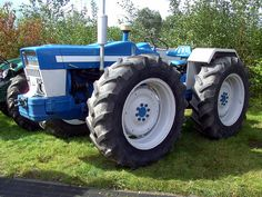 Ford County tractor | David van Mill | Flickr