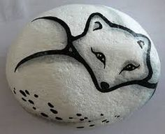 70 Favorite Rock Art Design Ideas Perfect For Beginners - Steine bemalen - Art Pebble Painting, Pebble Art, Stone Painting, Painting Snow, Pour Painting, Painted Rock Animals, Hand Painted Rocks, Painted Stones, Stone Crafts