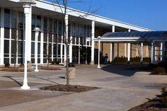 Bloomington High School-- I sure had a blast. Bloomington Illinois, Places Ive Been, High School, Kids, Home, Young Children, Boys, Grammar School, Ad Home