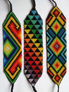 This Pin was discovered by R G Bead Loom Bracelets, Beaded Bracelet Patterns, Bead Loom Patterns, Friendship Bracelet Patterns, Beading Patterns, Native American Beadwork, Native Beadwork, Seed Bead Art, Beadwork Designs