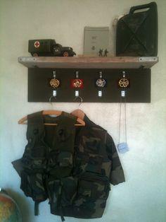 Soldaten kapstok jongens slaapkamer