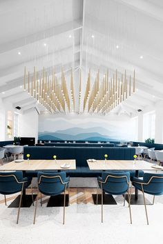 Glamorous and exciting restaurant decor. Discover out entire collection of luxury lighting and find the perfect lamp for your restaurant interior design project at luxxu.net  #luxury #restaurantdesign #interiordesign #interiordesignideas #restaurantfurniture #restaurantdesign