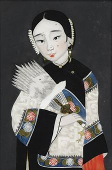 A CHINESE REVERSE GLASS PAINTING OF A COURT LADY: