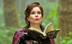 Once Upon a Time exclusive: Barbara Hershey set to return in 100th episode | EW.com