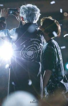 Chanyeol 찬열 and Baekhyun 백현 // ChanBaek Baekhyun Chanyeol, Park Chanyeol, Kpop Exo, Exo Chanbaek, Exo Ot12, Wattpad, K Pop, Fanfiction, Exo Couple