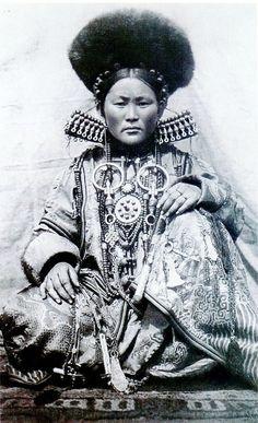 desert-dreamer:  Tibet