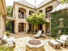 Nice furniture in this courtyard.