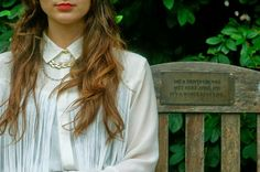 daydreaming-daisy.blogspot.co.uk #fashionblog #fringing #gold #jewellery #collar #blogger