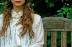 daydreaming-daisy.blogspot.co.uk #fashionblog #fringing #gold #jewellery #collar #blogger