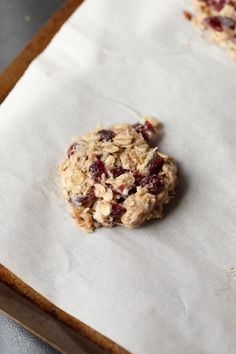 "These simple and Healthy Banana Oat Cookies are totally mix and match to suit your tastes. With no added sugar or flour you're going to LOVE these for a quick snack or breakfast! Ok, stay with me here. I know ""healthy"" isn't really a key word around this corner of the internet… I actually try... Read More"