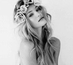 loveangelcandice: Icon picture, for those asking #Flowers in her #hair ☮k☮ your