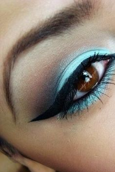 ohhhh. blue!  And the winged-tip eyeliner is gorgeous!