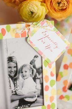 Fingerprint Frames for Mom :: Mother's Day Brunch styled by The TomKat Studio for HGTV http://www.thetomkatstudio.com/hgtvmothersday/