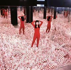 Find the latest shows, biography, and artworks for sale by Yayoi Kusama. Avant-garde Japanese artist Yayoi Kusama was an influential figure in the postwar Ne… Infinity Mirror Room, Infinity Room, Alberto Giacometti, Jasper Johns, Trendy Baby, Infinity Spiegel, Yayoi Kusama Pumpkin, Amy Sherald, Museum Ludwig