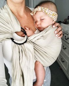 Baby Carrier Newborn Kids 58 New Ideas Lil Baby, Little Babies, Baby Boys, Cute Babies, Baby Must Haves, Bebe Love, Baby Shooting, Future Mom, Foto Baby