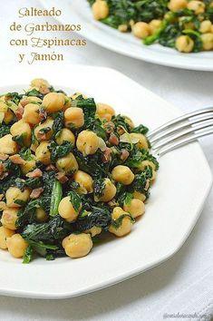 Con sabor a canela: Salteado de garbanzos con espinacas y jamón/con receta. #recetasdecocina