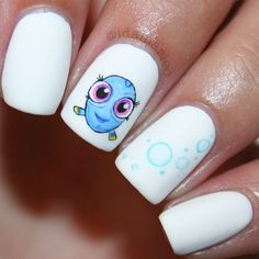 """Nail Art Inspired by Baby Dory From """"Finding Dory"""""""