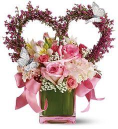 Enchanted - it certainly is. #valentineflowers #springflowers #flowergift #tennessee #florist #teleflora