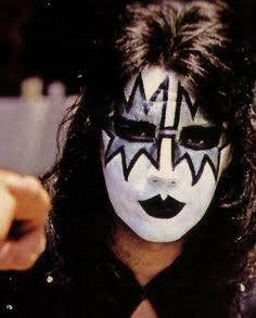 Bildresultat för ace frehley make up Ace Frehley, Hot Band, Gene Simmons, Sound Of Music, Hard Rock, Rock Bands, Rock N Roll, Heavy Metal, Cool Art