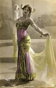 Margaretha Gertruida Zelle: Mata Hari