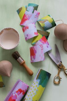 Make It Happen: Ornament Gift Toppers on the #AnthroBlog #Anthropologie