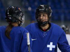 Swiss ice hockey player Jessica Lutz takes break from D.C. coffee shop to head to Sochi