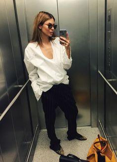 """""""Elevator"""" / Maja Wyh"""
