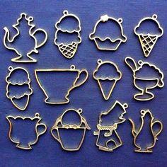 Assorted Open Back Bezel Set | Alice in Wonderland Afternoon Tea Charms | Kawaii Sweet Pendant | UV Resin Craft Supplies | Dessert Jewelry (12 pcs / Gold / 2 Sided)