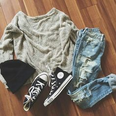 Image via We Heart It #accessories #beautiful #clothes #fashion #girl #outfit #shoes #wallpaper