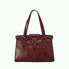 Love this bag from Fossil... gotta get me a good leather bag that'll last a long time.
