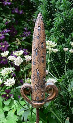 """Gartenstecker  """"Spitze"""" 2 mit Schnörkeln von Werkstatt für Gartenkeramik  Brigitte Peglow auf DaWanda.com"""