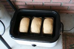 Three loaves ready to bake (using a roaster) Nesco Roaster Oven, Turkey In Roaster Oven, Roaster Oven Recipes, Electric Roaster Ovens, Roaster Recipe, Electric Oven, Electric Roasting Pan, Oven Cooking, Oven Baked