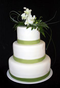 Green ribbon cake.