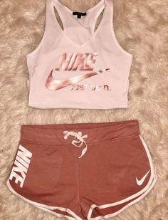 Closet Goals Outfits Nike Ideas Closet Goals Outfits Nike Ideas Source by nike outfits Cute Nike Outfits, Cute Lazy Outfits, Teenage Outfits, Chill Outfits, Teen Fashion Outfits, Outfits For Teens, Sport Outfits, Trendy Outfits, Gym Outfits