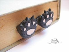 Cat paw bookmark made by polymer clay.