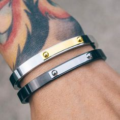 I need to have this trendy yet classic cuff by MISTER in my everyday wardrobe!