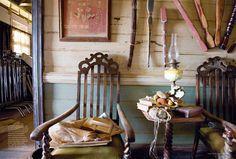 Cool room with ornate vintage chairs Interior Inspiration, Room Inspiration, Australia Movie, Hollywood Homes, Interior Decorating, Interior Design, Decorating Ideas, Corner House, Vogue Living