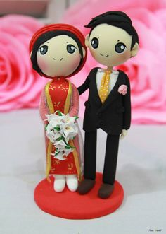 Vietnam Ao dai traditional wedding with robe and groom in suit wedding cake topper clay doll,clay figurine decoration, clay miniature gift on Etsy, $83.50
