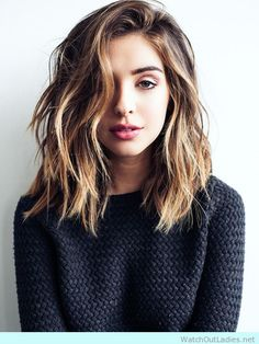 Girl with lob and california highlights