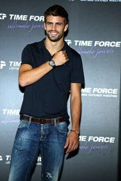 Reloj para hombre y accesorios Time Force Colección Gerard Piqué, Time Force presentó hace pocas semanas su colección 2010 2011 de Gerard Piqué conformada por un reloj de lo que ya sabemos todos es...