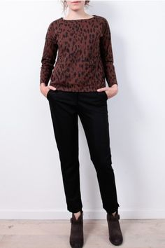 Top People Tree: http://www.todayisagoodday.be/vrouwen/people-tree-libby-animal-print-brown.html